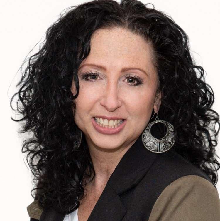 Jennifer Miele Leslie